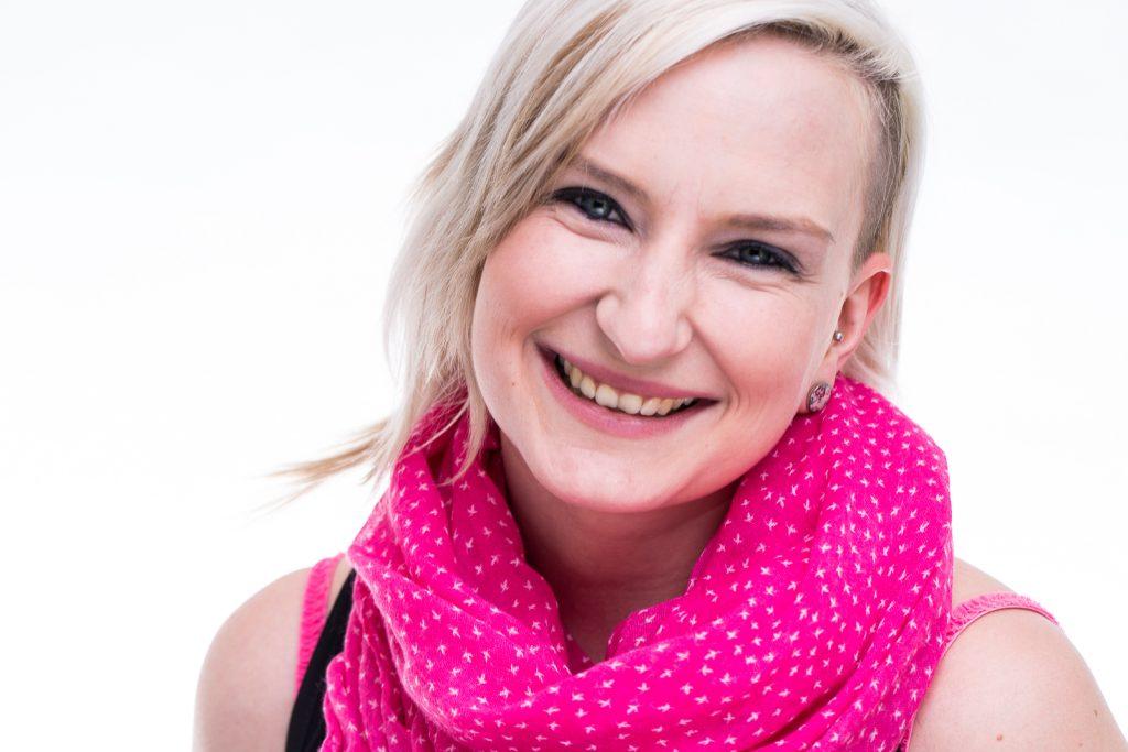 Portrait bzw Headshot von Sabrina im Peter Hurley Style Stil