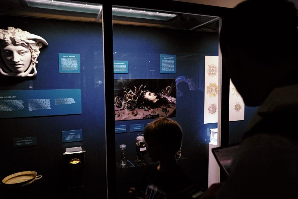Medusa im Phyletischen Museum bearbeitet mit Capture One
