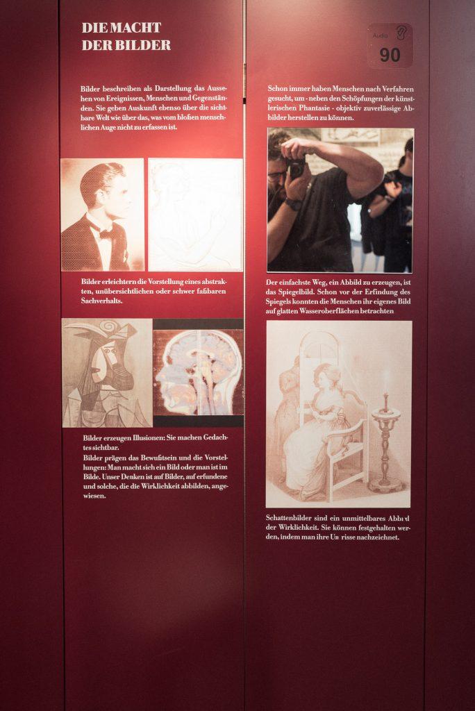 Die Macht der Bilder im Deutsches Optisches Museum (D.O.M.)