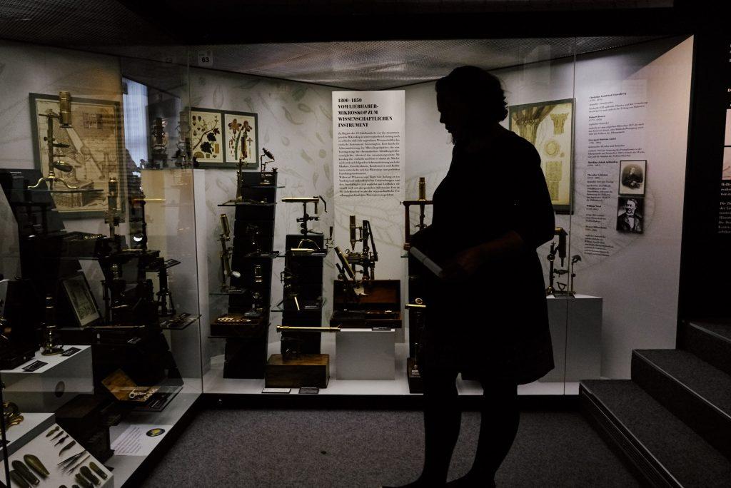 Noch mehr Mikroskope im Deutsches Optisches Museum (D.O.M.) bearbeitet in Capture One