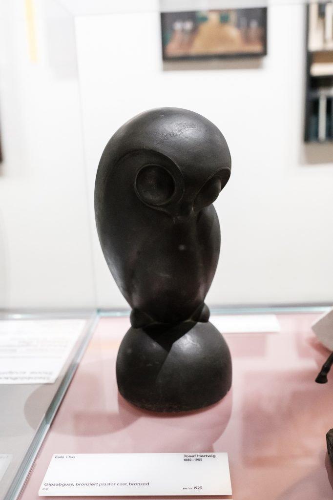 Weimar Bauhaus Museum Eule bearbeitet in Lightroom