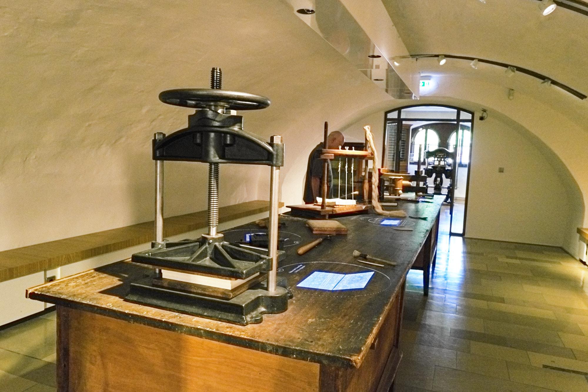 Buchbinder - Presse