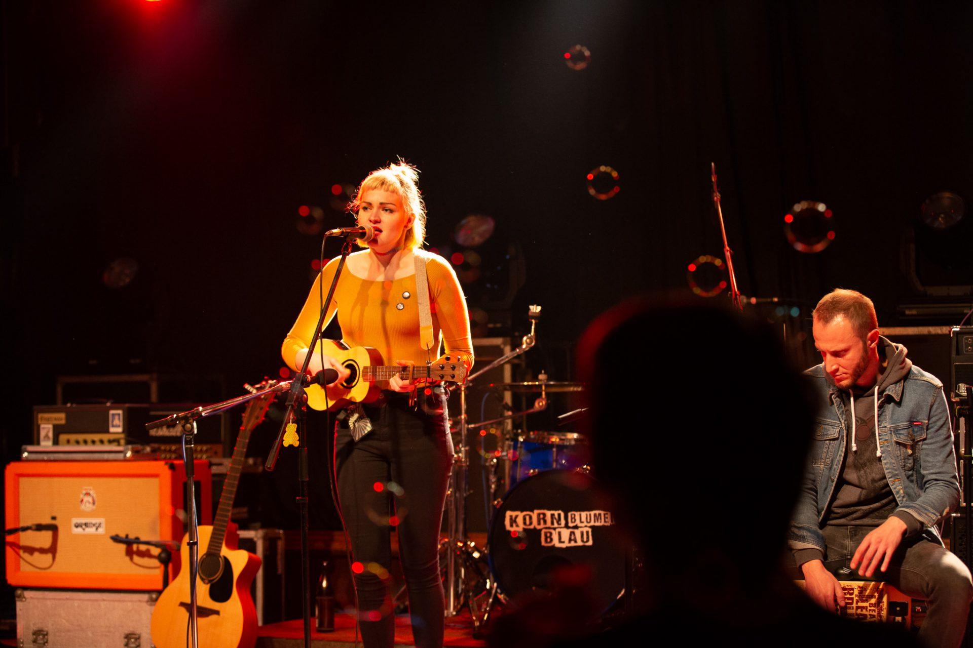 Anna Philoan - Singer-Songwriterin aus Mannheim