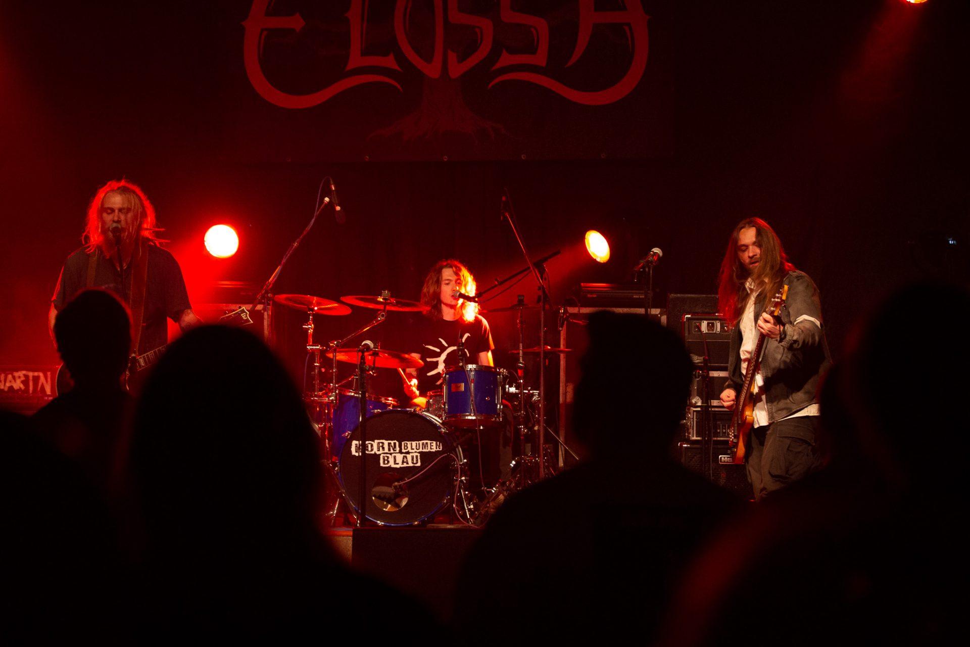 Elossa - komplette Band
