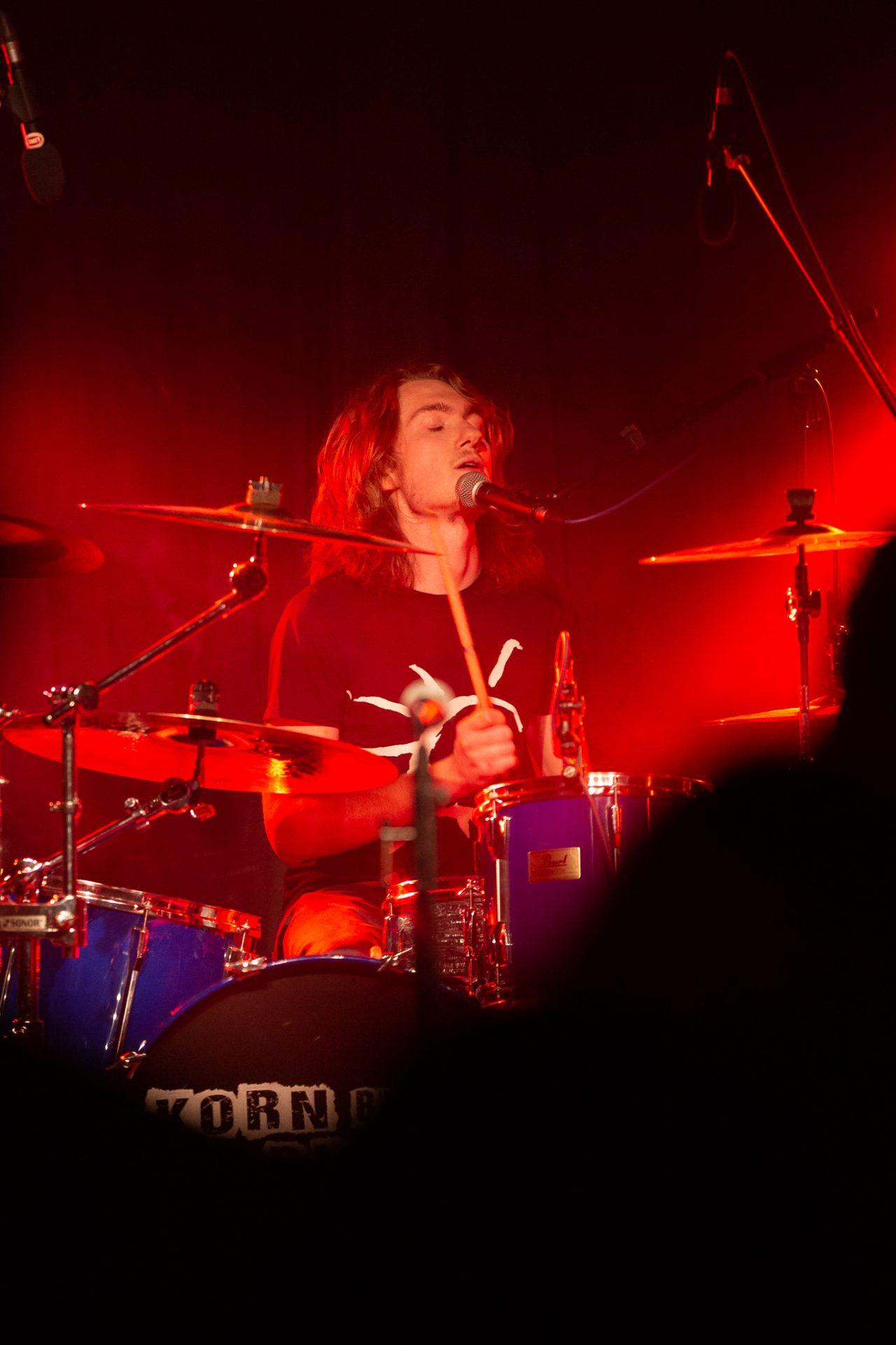 Elossa - Drummer