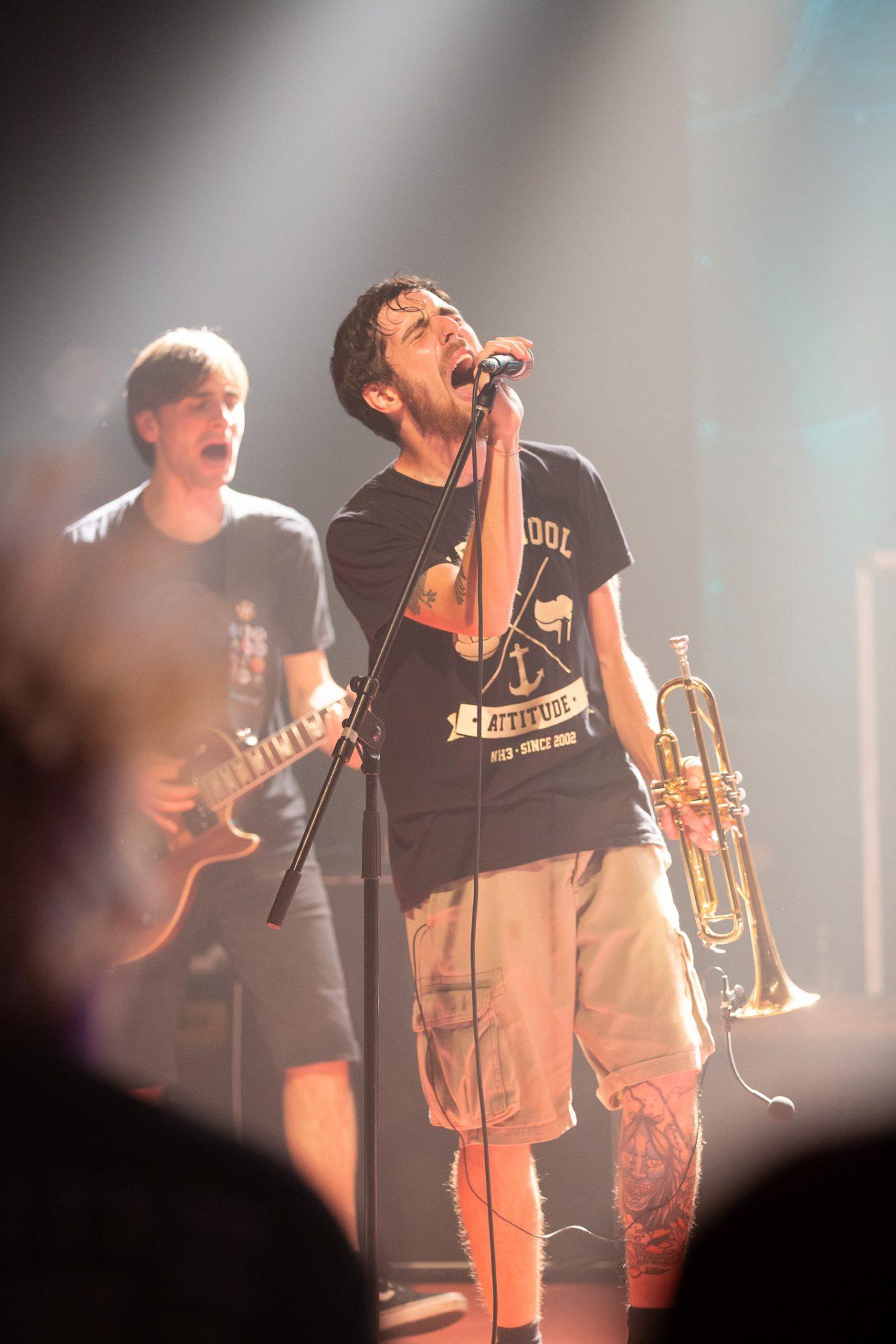 NH3 - Trompeter singt